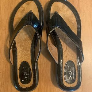 BOC Born Concepts Black Thong Sandals 7M